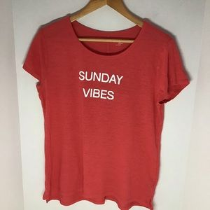 "Gap body ""Sunday Vibes "" tee"